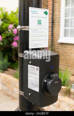 Siemens Ubitricity Simple Socket / Simplesocket on a Victorian style street lamp / light post / lamp post in London. UK. (108) - Stock Photo