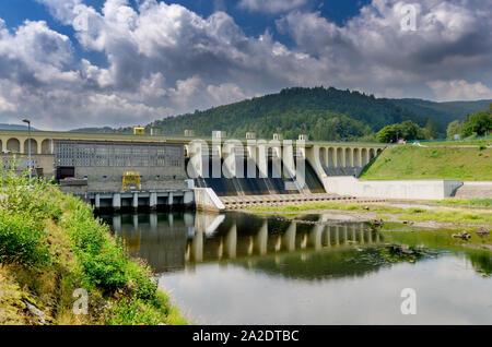 Miedzybrodzie Bialskie, Silesian province, Poland. Porabka dam and hydroelectric power station on Sola river. Beskid Maly mountains. - Stock Photo