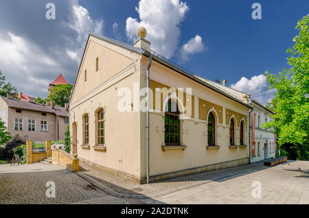 Oswiecim (ger.: Auschwitz), Lesser Poland province.  The synagogue and Jewish Museum on ks.J. Skarbek square. - Stock Photo