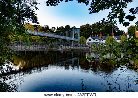 Queens Park bridge over the River Dee in Chester - Stock Photo