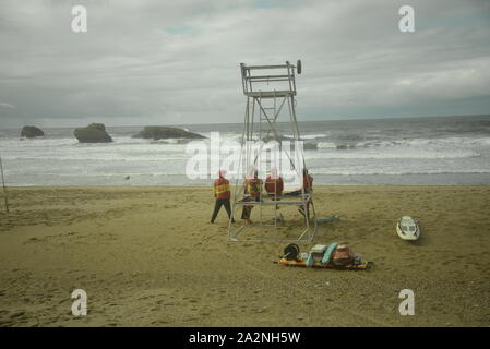 Rescue team on a beach in south-west France, pasakdek - Stock Photo