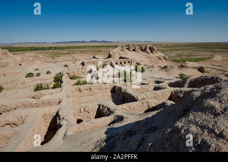 Ruins of the Toprak Kala fortress of ancient Khorezm in Kyzylkum desert, Urgench, Uzbekistan, Central Asia - Stock Photo