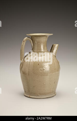 covered ewer with bird appliques, Tang dynasty, Tang dynasty, 800s, Glazed Stone, H: 6-11/16 in., Asian Art - Stock Photo