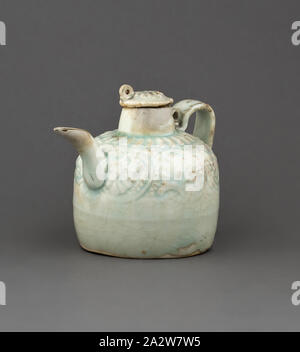 ewer with cover, White Glaze, 3-1/4 h, 2-3/4 d, Asian Art - Stock Photo