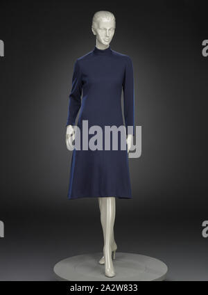 dress, Adele Simpson, Designer (American, 1904-1995), L. Strauss and Company, Retailer (American), 1970s, wool, center back 44-1/2 in., center front 43-1/2 in., bust 32 in., waist 29 in., hips 35 in., sleeve length 23 in., shoulders 16 in., Label, sewn: ADELE SIMPSON Label, sewn: L. Strauss, INDIANAPOLIS, Textile and Fashion Arts - Stock Photo