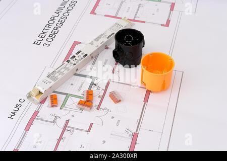 Produktfotografie Haustechnik mit Werkzeugen - Stock Photo
