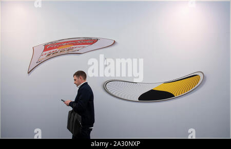 Regent's Park, London, UK. 4th October 2019. Frieze London features more than 160 of the world's leading art galleries where visitors can view and buy art from over 1,000 of today's emerging and iconic artists. The show runs till 6 October. Image: Louise Lawler. Soup and Mirror (adjusted to fit, distorted for the times, one), 2001/2005/2017. Courtesy of Sprüth Magers. Credit: Malcolm Park/Alamy Live News. - Stock Photo