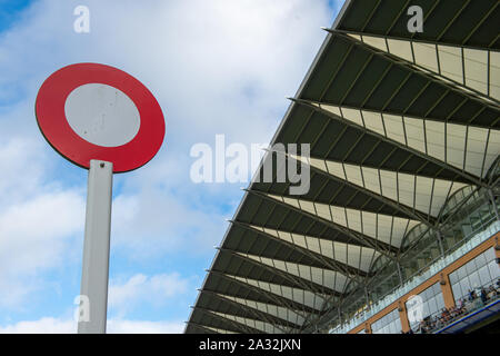 Autumn Racing Weekend & Ascot Beer Festival, Ascot Racecourse, Ascot, Berkshire, UK. 4th October, 2019. The winning post at Ascot. Credit: Maureen McLean/Alamy Stock Photo