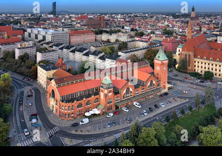 Aerial view of historic Wroclaw Market Hall (Hala Targowa) designed by Richard Pluddemann and built between 1906-08 - Stock Photo