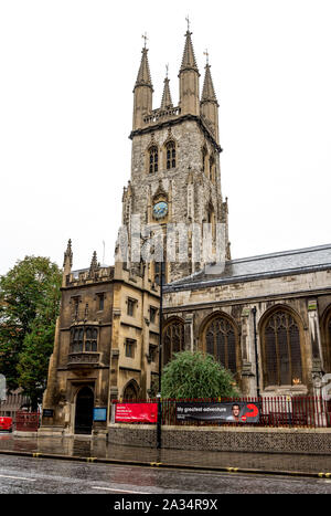 The Church of Holy Sepulchre on Holborn Viaduct in the city centre, London, United Kingdom - Stock Photo