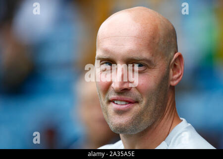 London, UK. 5th Oct, 2019. Adam Barret manager of Millwall during English Sky Bet Championship between Millwall and Leeds United at The Den, London, England on 05 October 2019 Credit: Action Foto Sport/Alamy Live News - Stock Photo