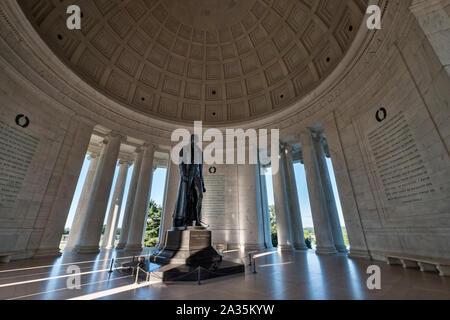 Statue of Thomas Jefferson, Inside the Jefferson Memorial, Washington DC, USA