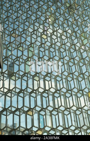 Patterns in modern glass architecture