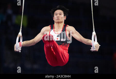 Stuttgart, Germany. 07th Oct, 2019. Gymnastics: world championship, qualification, men. Kazuma Kaya from Japan plays on the rings. Credit: Marijan Murat/dpa/Alamy Live News