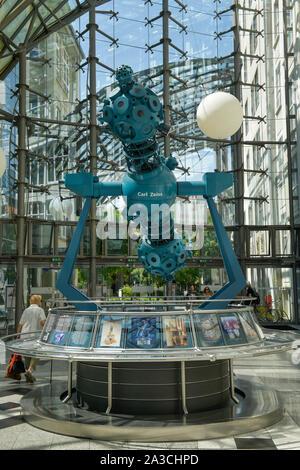 Technisches Denkmal Sternenprojektor Cosmorama, Zeiss-Planetarium, Einkaufszentrum Goethe Galerie, Jena, Thüringen, Deutschland - Stock Photo