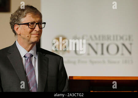 University of Cambridge, UK. 7th Oct 2019. Newly appointed Hawking Fellow, Bill Gates KBE, co-chair of the Bill & Melinda Gates Foundation, waits to receive the Professor Hawking Fellowship 2019 at the Cambridge Union, Cambridge, Monday October 7, 2019.  The Professor Hawking Fellowship was founded by the Cambridge Union Society in 2017 and named in honour of Professor Stephen Hawking. Credit: Luke MacGregor/Alamy Live News - Stock Photo
