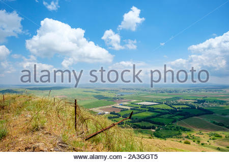 View from Mount Avital / Tall Abu an Nada, overlooking the DMZ and Syrian territory, northern Golan Heights. - Stock Photo