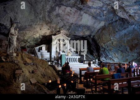 France, Var, Plan d'Aups Sainte Baume, Sainte Baume massif, religious office in the cave sanctuary of Sainte Marie-Madeleine (St. Mary Magdalene) - Stock Photo