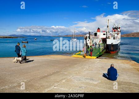 United Kingdom, Scotland, Highland, Inner Hebrides, departure from Iona Island of the ferry going to Fionnphort on the Isle of Mull - Stock Photo