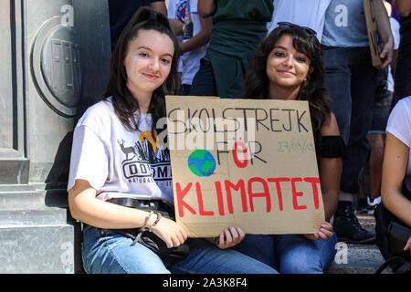 27/09/2019. Skolstrejk för klimatet. School strike for climate. Italian students holding  a placard with Swedish text after Greta Thunberg.