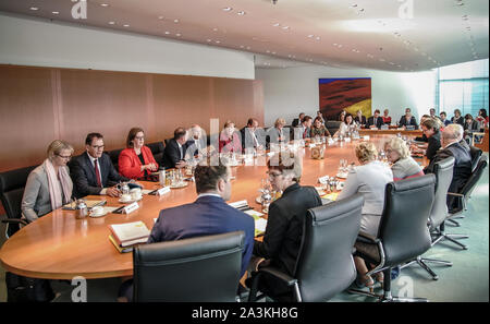 Berlin, Germany. 09th Oct, 2019. Chancellor Angela Merkel (CDU) opens the Federal Cabinet meeting at the Chancellor's Office. Credit: Michael Kappeler/dpa/Alamy Live News - Stock Photo