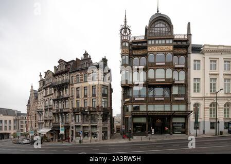 Brüssel, Bruxelles, Musikinstrumentenmuseum (Muziekinstrumentenmuseum, frz.: Musée des instruments de musique, abgekürzt mim) im ehemaligen Kaufhaus ' - Stock Photo