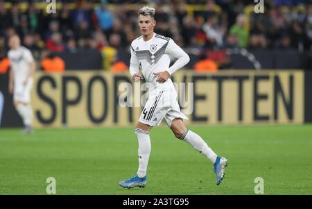Dortmund, Deutschland. 09th Oct, 2019. firo: 09.10.2019 Football, 2019/2020 Landerspiel: National Team Germany - Argentina 2: 2 Robin Koch   usage worldwide Credit: dpa/Alamy Live News - Stock Photo