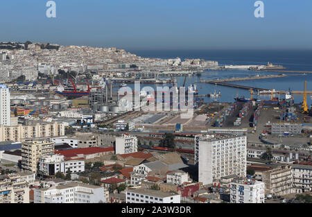 Algeria, Algiers: the commercial port and the city - Stock Photo