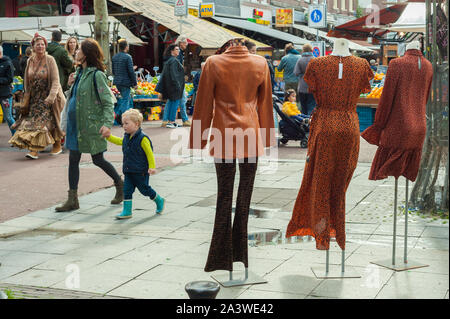 Albert Cuypmarket in Amsterdam and market stalls. - Stock Photo