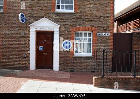 Leatherhead, Surrey, UK - Citizens Advice Bureau situated in the Georgian House on Swan Mews, 2019, daytime - Stock Photo