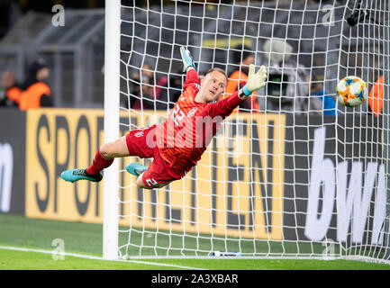 Goal to 2: 1 by Lucas ALARIO (ARG/not pictured) Goalkeeper Marc-Andre TER STEGEN (GER) stretches in vain, Action, Football Laenderpiel, Friendly Match, Germany (GER) - Argentina (ARG), on 09.10.2019 in Dortmund/Germany. ¬   usage worldwide - Stock Photo