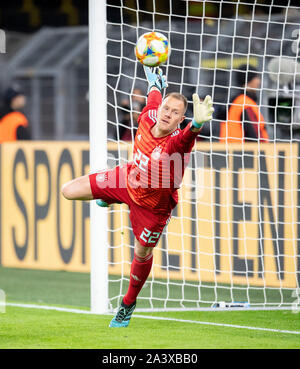 Goal to 2: 1 by Lucas ALARIO (ARG/not pictured) Goalkeeper Marc-Andre TER STEGEN (GER) stretches in vain, Action, Football Laenderpiel, Friendly Match, Germany (GER) - Argentina (ARG), on 09.10.2019 in Dortmund/Germany. ¬ | usage worldwide - Stock Photo