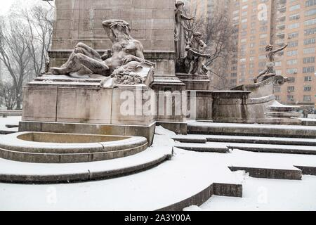 STATUE IN FRONT OF THE TRAFFIC CIRCLE AT COLUMBUS CIRCLE, CENTRAL PARK, MANHATTAN, NEW YORK, UNITED STATES, USA - Stock Photo