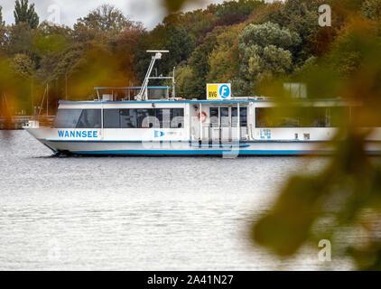 Berlin, Germany. 09th Oct, 2019. A BVG ferry crosses the Wannsee. Credit: Monika Skolimowska/dpa-Zentralbild/ZB/dpa/Alamy Live News - Stock Photo