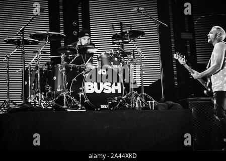 Las Vegas, NV, USA. 11th Oct, 2019. ***HOUSE COVERAGE*** BUSH in concert at The Joint at Hard Rock Hotel & Casino in Las vegas, NV on October 11, 2019. Credit: Gdp Photos/Media Punch/Alamy Live News - Stock Photo