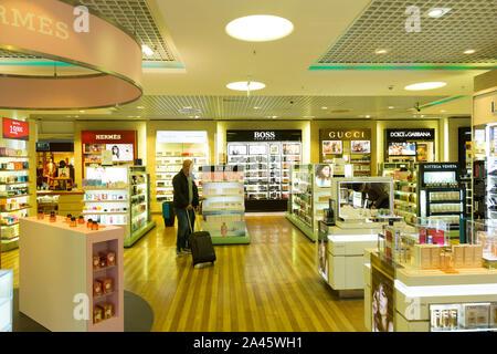 Free shop at Munich international airport - Stock Photo