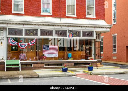 Eckels Ice Cream Fountain, 36 East Main Street, Mechanicsburg, Pennsylvania - Stock Photo