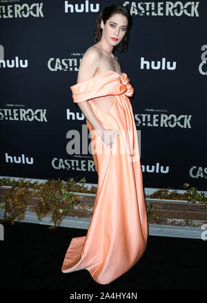 WEST HOLLYWOOD, LOS ANGELES, CALIFORNIA, USA - OCTOBER 14: Actress Lizzy Caplan arrives at the Los Angeles Premiere Of Hulu's 'Castle Rock' Season 2 held at AMC Sunset 5 on October 14, 2019 in West Hollywood, Los Angeles, California, United States. (Photo by Xavier Collin/Image Press Agency) - Stock Photo