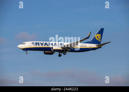 Ryanair, EI-ESN, Boeing 737-8AS, in the air and coming in to land at Bristol Airport - Stock Photo