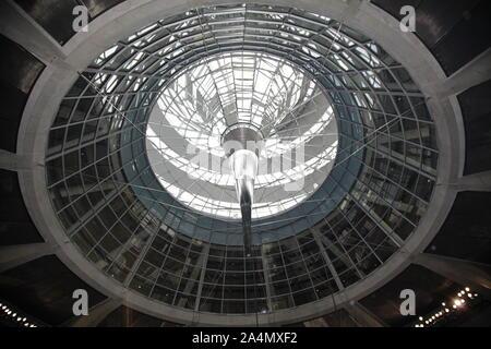 Das Reichstagsgebäude  Berlin Reichstag , Bundestag, Politik, erbaut 1984-1894, Architekt: Paul Wallot, Umbau 1995-1999, Architekt: Sir Norman Foster, - Stock Photo