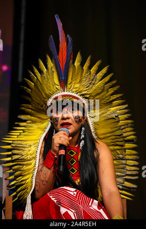 October 15, 2019: Celia Xakriaba during an event to debate a Brazilian political crisis and its impact on Columbia University in the United States and the Americas, New York City, October 15 Credit: Vanessa Carvalho/ZUMA Wire/Alamy Live News - Stock Photo