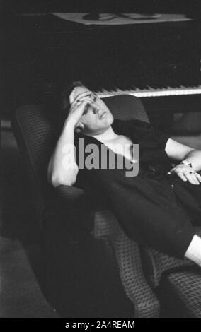 Elvis Presley, relaxing in his house at 1034 Audubon Drive, Memphis, Tennessee, May 29, 1956 - Stock Photo