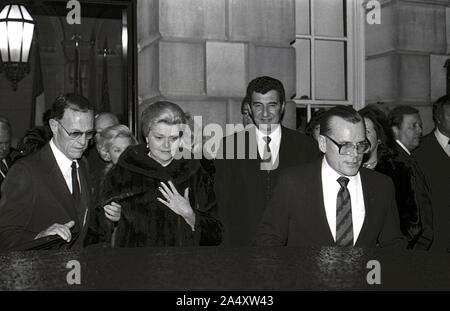 Washington DC, USA, February 18, 1984Jack Kelly (Grace Kelly's Brother) on the right with Grace's younger sister Elizabeth LeVine on the left at car leaving the Princess Grace Foundation gala hosted by President Reagan Credit: Mark Reinstein / MediaPunch - Stock Photo