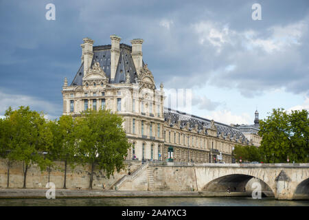 Exterior view of the facade of the Louvre, from the river Seine. Paris August 31, 2017 - Stock Photo