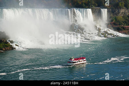 Niagara Falls Maid of the Mist cruise boat - Stock Photo