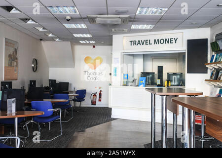 London, UK. 17th Oct, 2019. An interior view of a Thomas Cook travel shop which was closed following the collapse of the tour operator on 24 September. Credit: Amer Ghazzal/SOPA Images/ZUMA Wire/Alamy Live News - Stock Photo