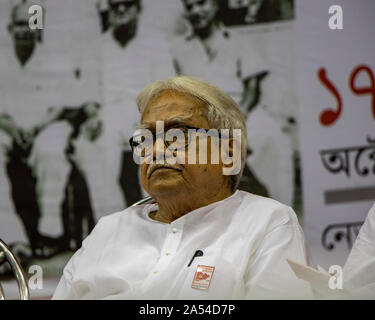 Kolkata, India. 17th Oct, 2019. Biman Bose, Chairman of the Left Front committee of West Bengal and Politburo member of CPIM on occasion at Netaji Indoor Stadium, KOLKATA to mark the centenary of the formation of the Indian Communist Party (ICP) as an emigre unit in Tashkent by the Second World Congress of the Communist Third International in 1920, (Photo by Amlan Biswas/Pacific Press) Credit: Pacific Press Agency/Alamy Live News - Stock Photo