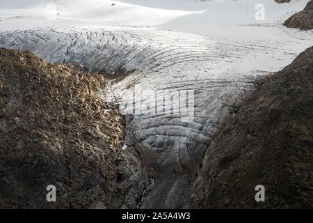 Krimmlertörlkees glacier. Obersulzbach Kees glaciers of the Venediger mountain group. Obersulzbachtal. Hohe Tauern National Park. Austrian Alps. - Stock Photo