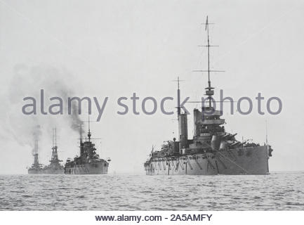 WW1 HMS Lion, HMS Princess Royal, HMS Indomitable and HMS New Zealand, fighting squadron of the Royal Navy, vintage photograph from 1914 - Stock Photo