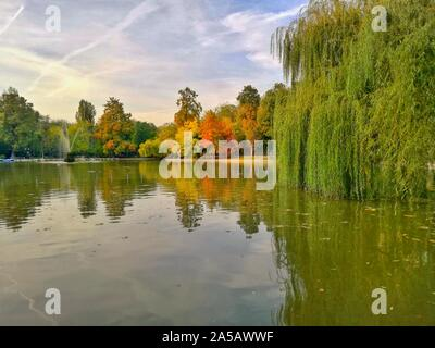 The Cismigiu Garden (Parcul Cismigiu) is one of the largest and most beautiful public parks in Bucharest. - Stock Photo